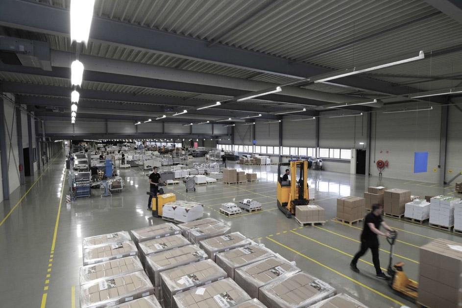 Vloeistofdichte betonvloeren | Beks Bedrijfsvloeren